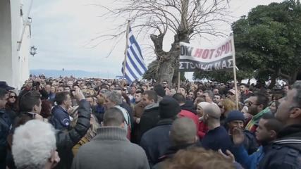 Greece: Thousands march against refugee 'hot spots' in Kos