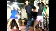 Много Яки Танци