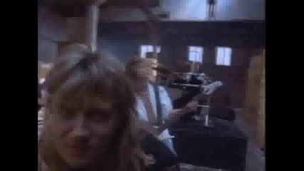 Def Leppard - Woman