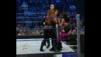 The Bella Twins Vs. Victoria & Natalya [11.21.08]