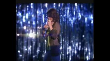 Selena-gomez-magic