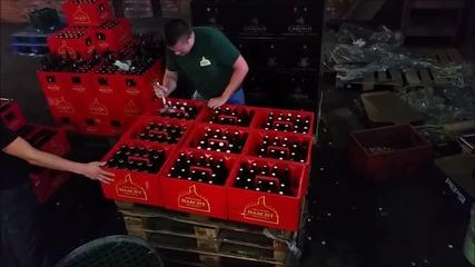 Световен рекорд: Отваряне на 200 бири за 1 минута