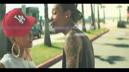 Wiz Khalifa - Roll Up [official Music Video]