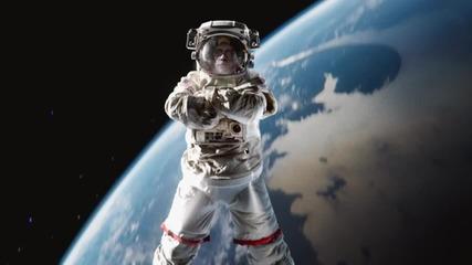 Шпагат в космоса Жан-клод Ван Дам
