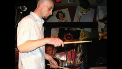 Запрещенные барабанщики - танцевальная музыка