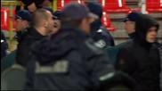 """ВИДЕО: Ексцесии на """"Армията"""", обиждат Силва, събличат Апата"""