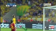 David Luiz спасява сигурен гол