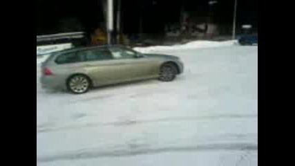 Бмв 330 Баници В Снега