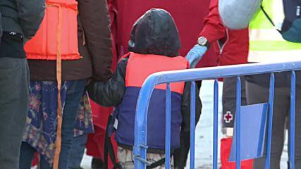 Spain: 189 migrants arrive in Malaga after Alboran rescue operation