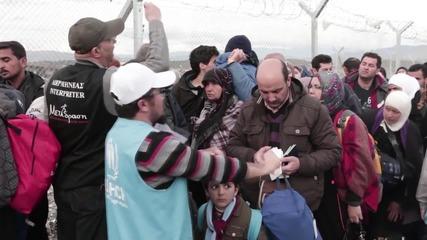 Greece: Refugees still stranded at Idomeni refugee camp