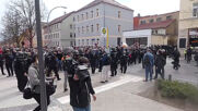 Germany: Police scuffle with protesters during Querdenken demo in Weimar