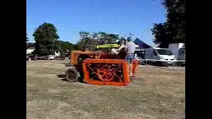 ретро трактори !!!!