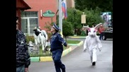 Ах,  тези руснаци :) Весел полицай