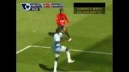 Manchester United запази шансове за титлата след като победи Manchester City с гол на Пол Скоулс