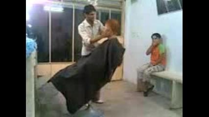 нервен фризьор