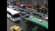 Lud skok ot mosta na Ndk vurxo Avtobus ! :d