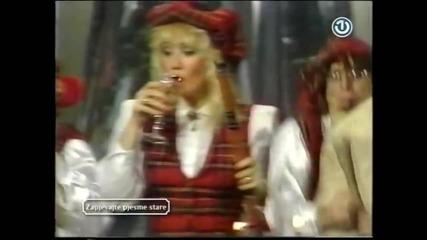 Lepa Brena - Hajde da se volimo - Novogodisnji program TV Zagreb 1987 ( Arhiva BHRT1 )