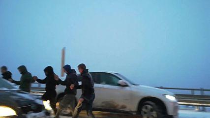 """Хоро в снега на магистрала """"Хемус"""""""