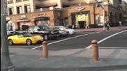 С електромобил (tesla) на светофар