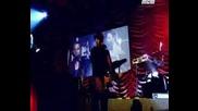 [превод!!] Rihanna - Let Me [live At Manchester] + bg sub