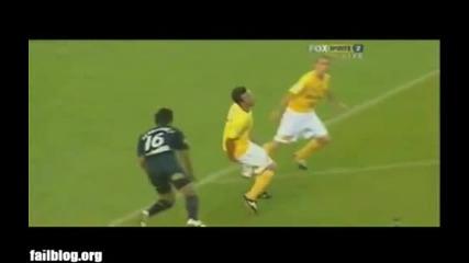 Луд футболист рита друг в топките