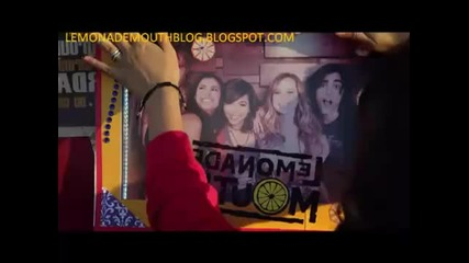 Lemonade Mouth - Somebody (official Music Video)