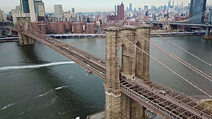 Бруклинският мост в Ню Йорк