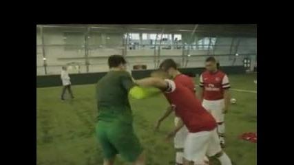 Arsenal - Target Practice - Официално Видео 2012/13