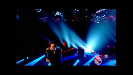 Robbie Williams - Feel (live On For Music Favourites)