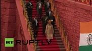 Индия: Министър председателя Моди вдигна флага по случай Деня на независимостта