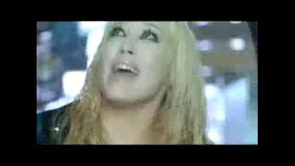Hilary Duff - Umbrella