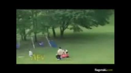 Супер ПАПА спасява дете