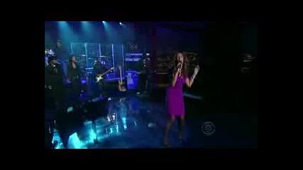 Leona Lewis - Bleeding Love [live]