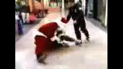 Крадец Задържан От Дядо Коледа