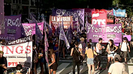 Argentina: Thousands gather in Buenos Aires for International Women's Day