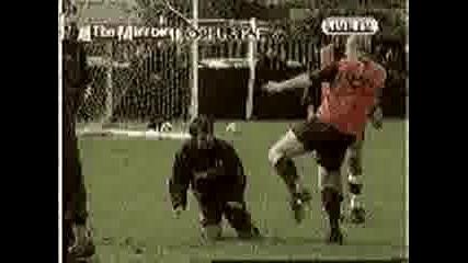 бой между футболисти
