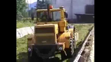 K-700А с валяк гази силаж