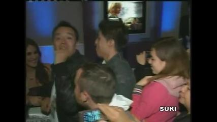 Dulce Maria y el abrazo del perdon con Tv Azteca (f E J)