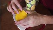 Най - бързият начин да обелим манго!