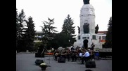 сиртаки в изпълнение на Wind band orchestra гр.халкида (гърция) в центъра на Велико Търновo