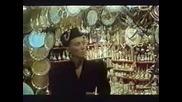 Lepa Brena - Robinja - Prevod