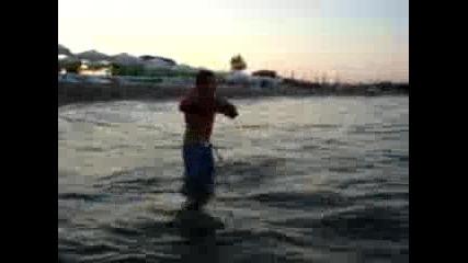 glav4o плува