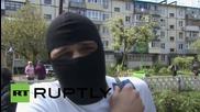 Крайнодесни аткивисти замерват с яйца кмета на Харков по пътя му към съда
