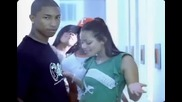 Pharrell feat Jay.z - Frontin' (hq Musicvideo)