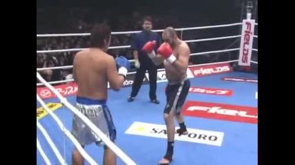 K-1 World Grand Prix 2005 Полу-финал Musashi vs Glaube Feitosa