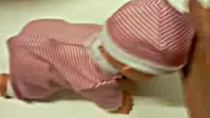 Funny Electronic Music And Dancing Crawling Baby.mp4via torchbrowser.com