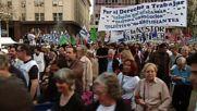 Argentina: 'Mothers of the Plaza de Mayo' lead anti-Macri demonstration