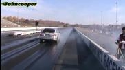 Mercedes E55 Amg vs Nissan Gtr