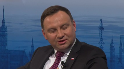 Germany: NATO should beef up presence in East says Polish president
