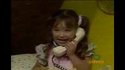 Anahi kato malka (hablando por telefono)